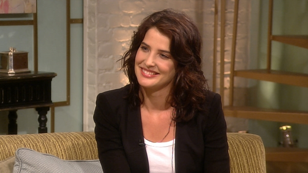 Cobie Smulders Talks How I Met Your Mother Season 7 Wedding Cliffhanger