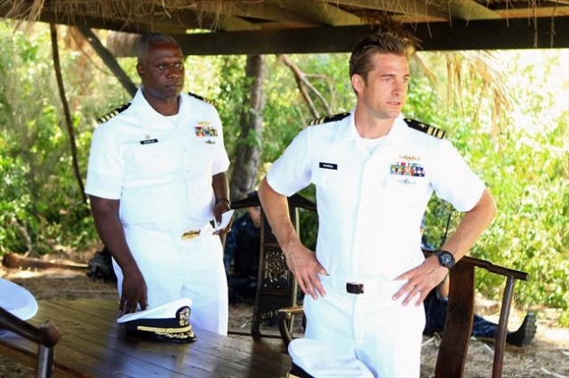 Andre Braugher as Capt. Marcus Chaplin with Scott Speedman as XO Sam Kendal in ABC&#39;s &#39;Last Resort&#39; -- ABC
