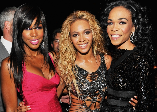A Destiny&#39;s Child reunion! Kelly Rowland, Beyonce and Michelle Williams are all smiles during the 2011 Billboard Music Awards at the MGM Grand Garden Arena in Las Vegas May 22, 2011 -- Getty Premium