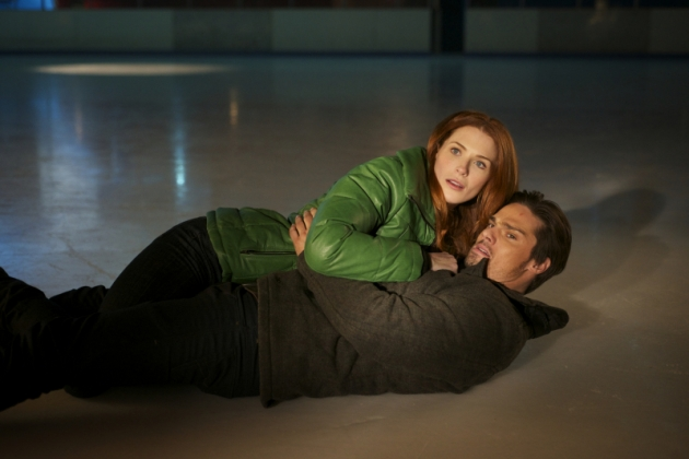 Bridget Regan as Alex and Jay Ryan as Vincent in The CW&#39;s &#39;Beauty and The Beast&#39;