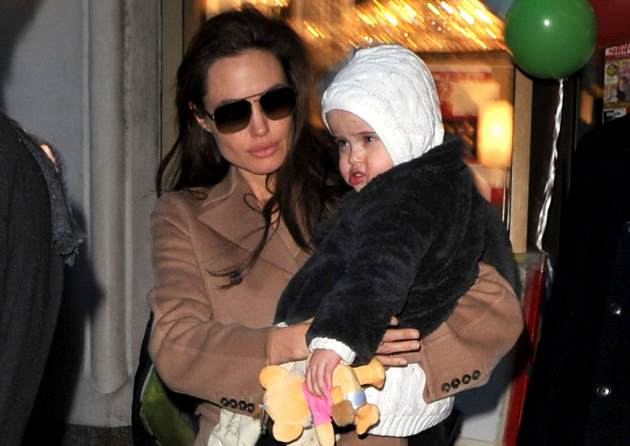 Angelina Jolie visits Lee&#39;s Art Shop with Vivienne Jolie-Pitt on December 4, 2010 in New York City -- Getty Premium
