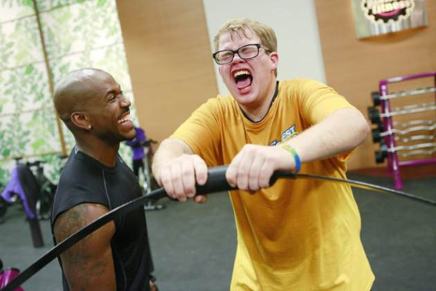 Dolvett Quince and Jackson Carter seen on &#39;The Biggest Loser&#39;s&#39; &#39;Down To The Wire&#39; episode on March 11, 2013 -- NBC