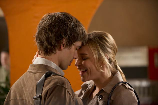 Auggie Anderson (Christopher Gorham) and Annie Walker (Piper Perabo) in the Season 4 premiere of 'Covert Affairs' -- USA