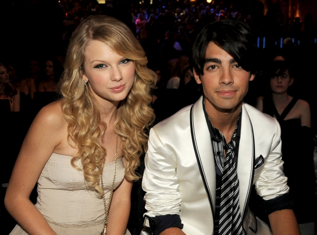 Former tween couple Taylor Swift and Joe Jonas