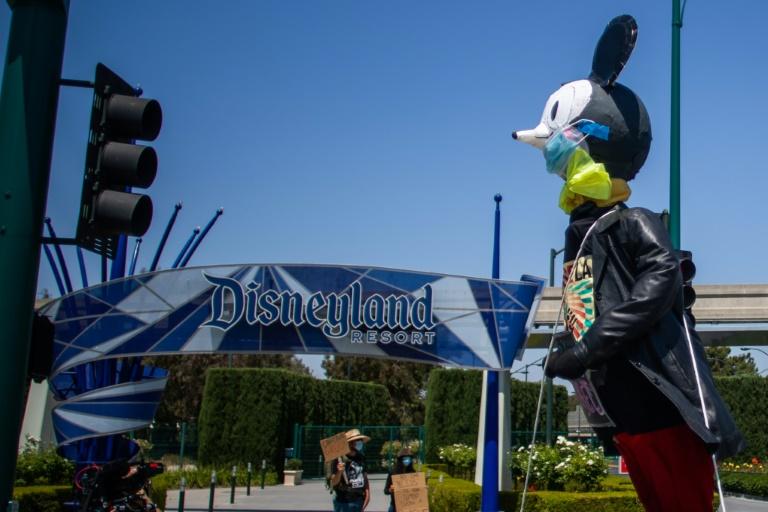 Disney sees big loss as pandemic hits parks, studios; subscriptions rise