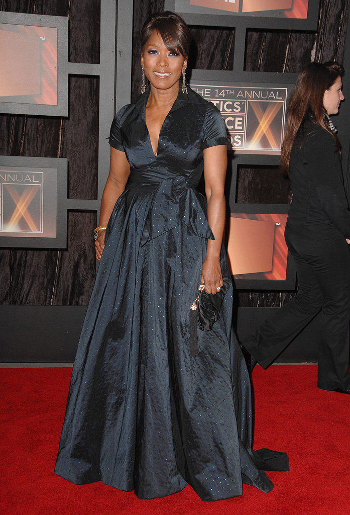 14th Annual Critics' Choice Awards 2009 Angela Bassett