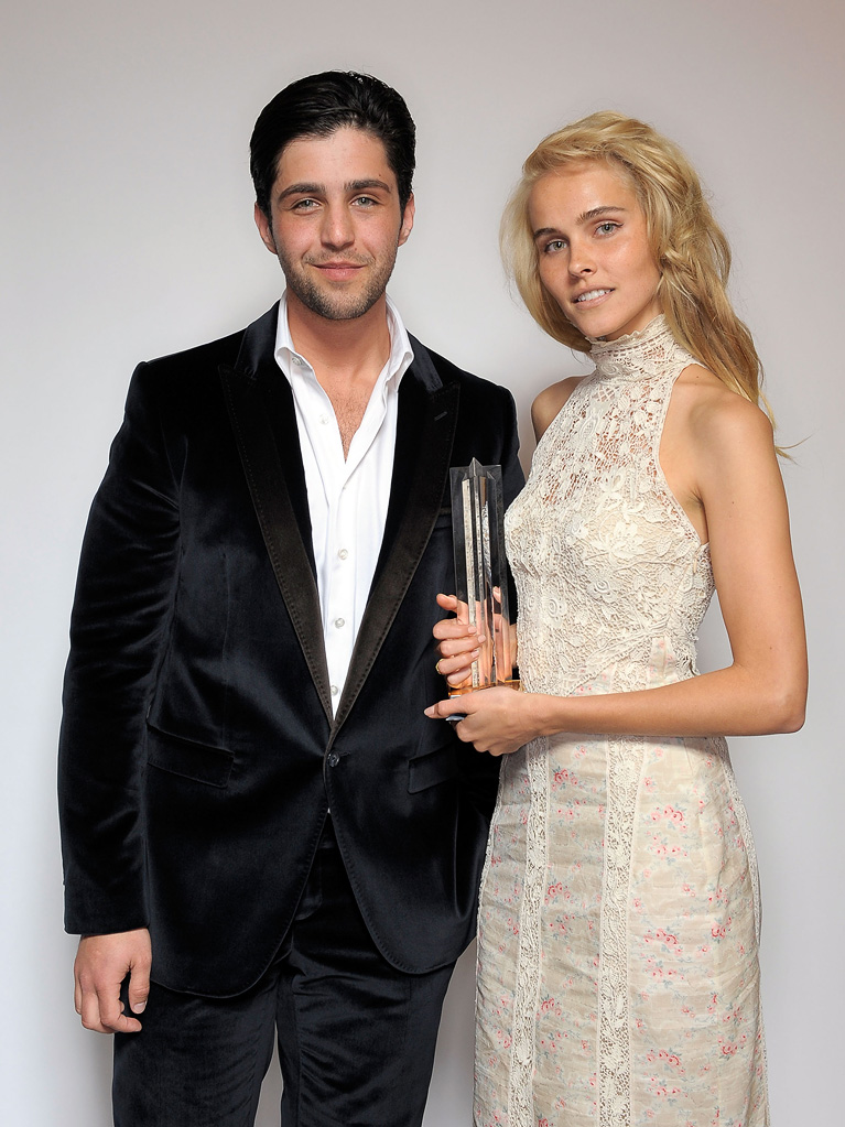 2011 Young Hollywood Awards Josh Peck Isabel Lucas