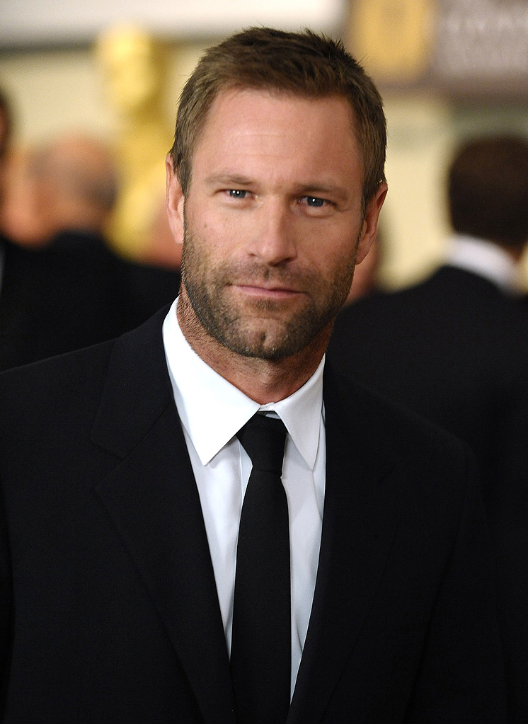 http://media.zenfs.com/en_us/Movies/PhotoG/2nd-annual-ampas-governors-awards-2010-aaron-eckhart-53335.jpg