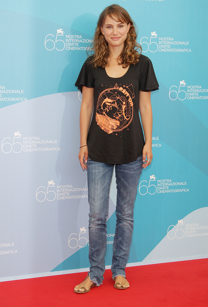65th Annual Venice Film Festival 2008 Eve Photocall Natalie Portman