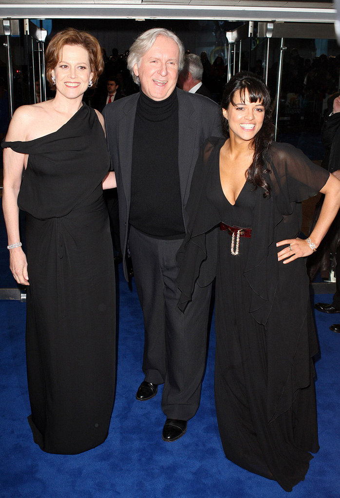 Avatar UK premiere 2009 Sigourney Weaver James Cameron Michelle Rodriguez