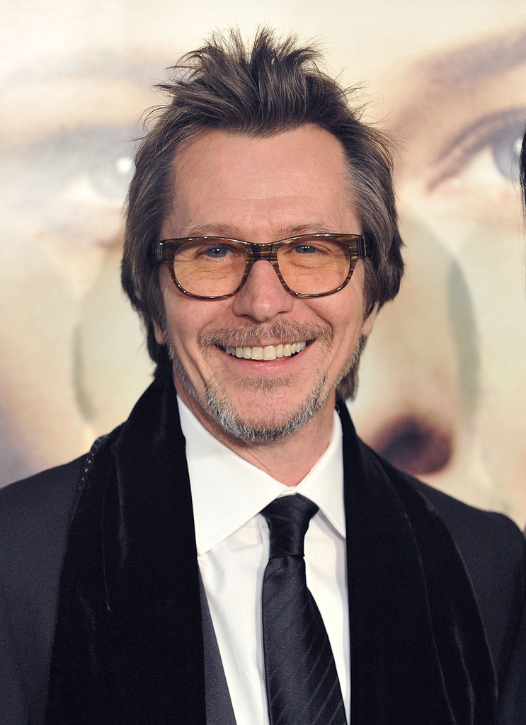 The Curious Case of Benjamin Button Premiere 2008 LA Gary Oldman