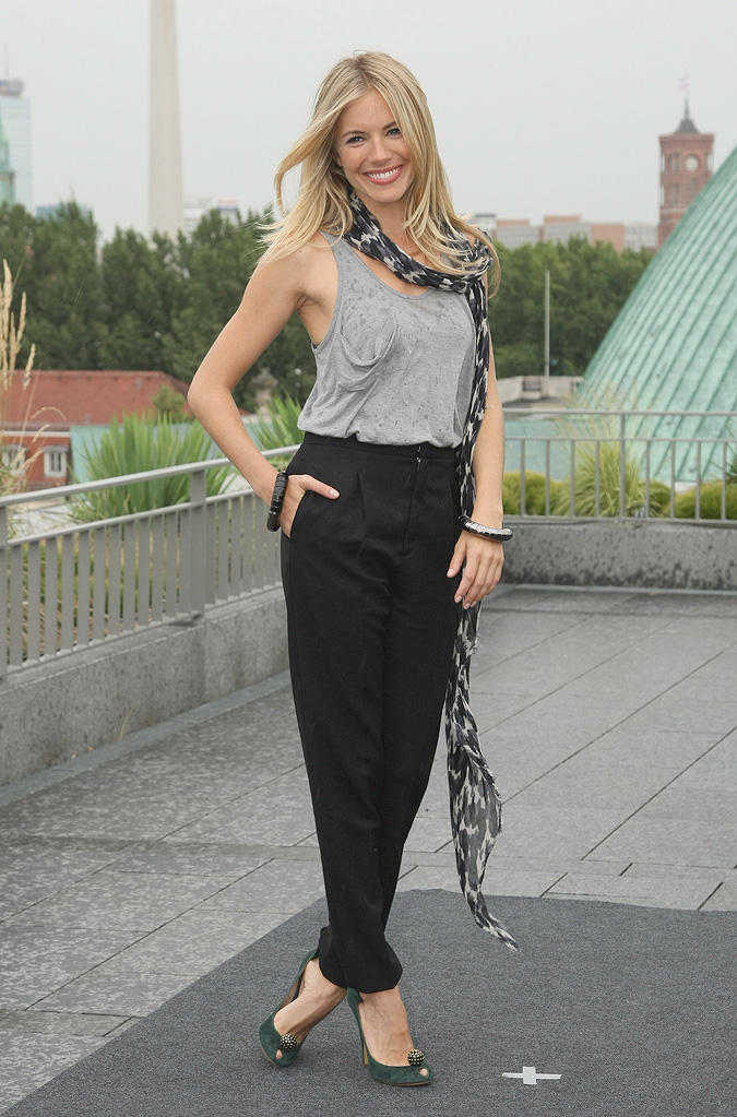 GI Joe Berlin Photocall 2009 Sienna Miller