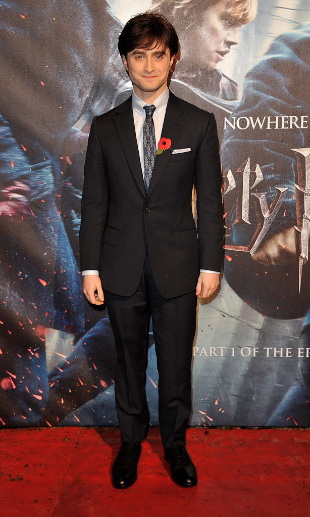 Harry Potter and the Deathly Hallows pt 1 UK premiere 2010 Daniel Radcliffe
