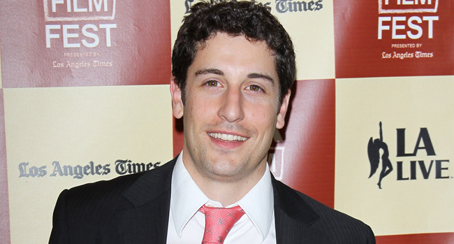 jason biggs thumb