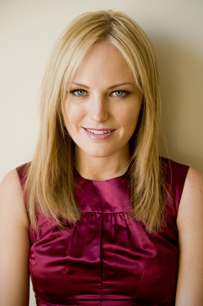 Malin Akerman 2009