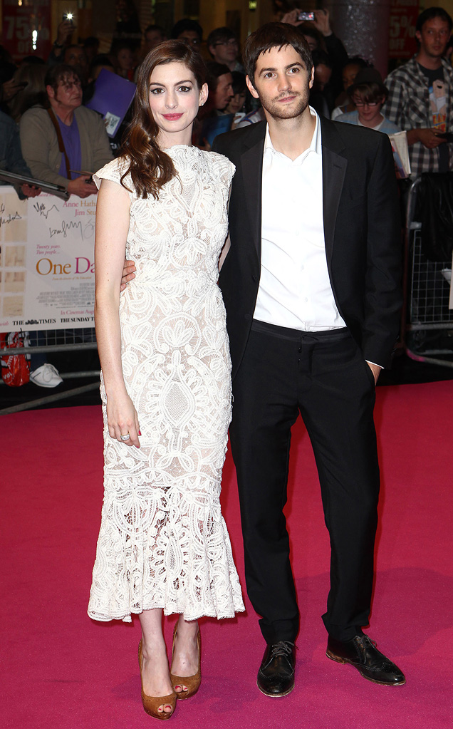 One Day UK Premiere 2011 Anne Hathaway Jim Sturgess