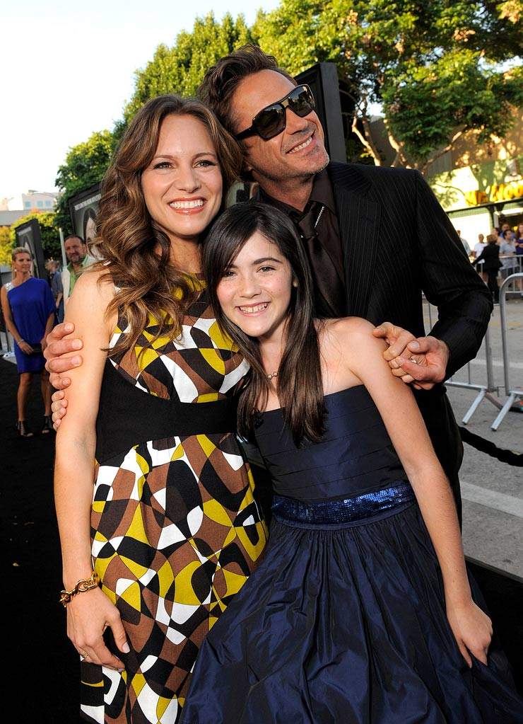 Orphan LA Premiere 2009 Susan Downey, Isabelle Fuhrman and Robert Downey Jr.