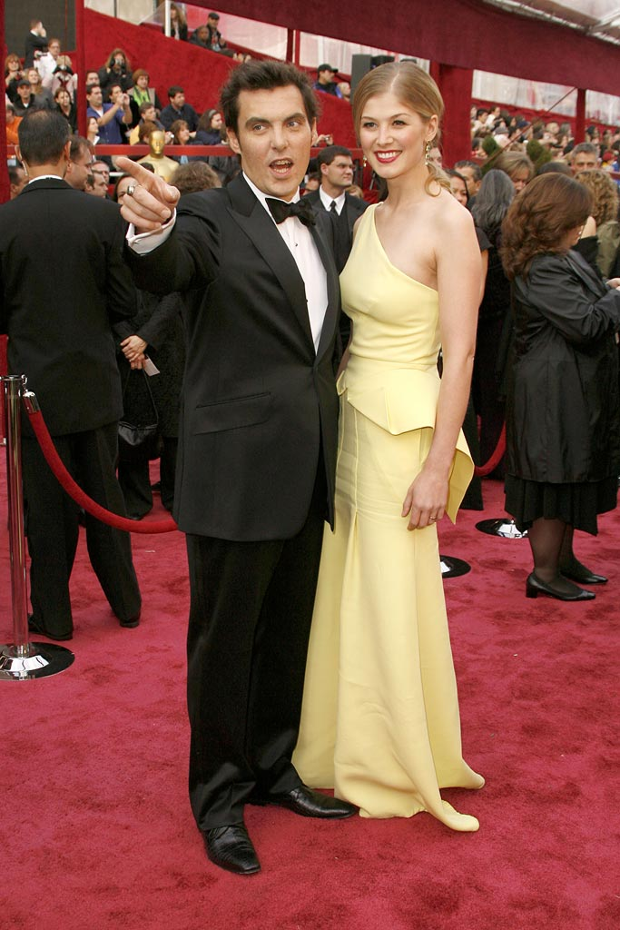 Oscars 2008 Joe Wright Rosamund Pike