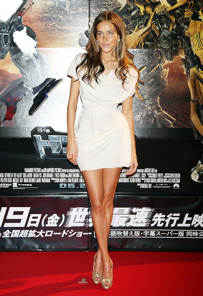 Tranformers Revenge of the Fallen Japan Premiere 2009 Isabel Lucas