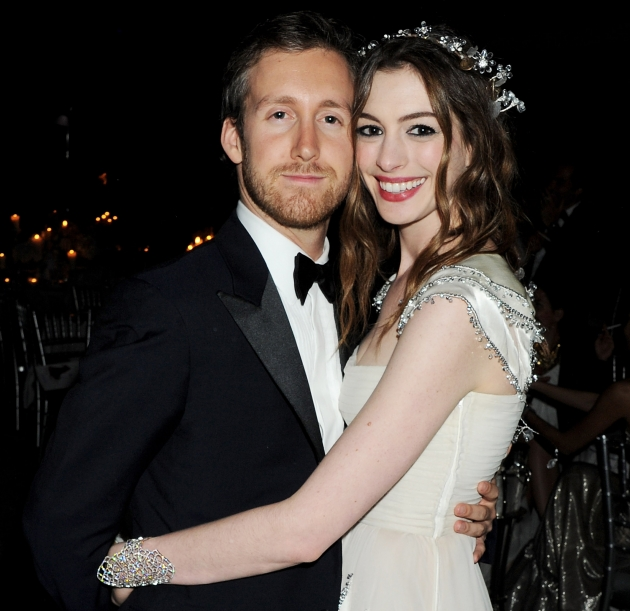 Adam Shulman & Anne Hathaway attend The White Fairy Tale Love Ball at the Chateau de Wideville on July 6, 2011 in Paris, France