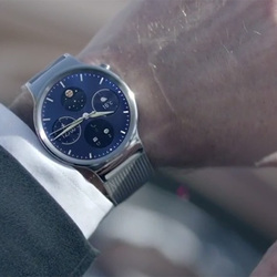 Huawei teases a beautiful Android Wear watch using awkward videos