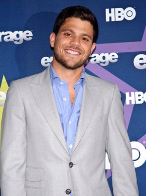 'Entourage' Star Jerry Ferrara Joining Michael Douglas Comedy 'Last Vegas' (Exclusive)