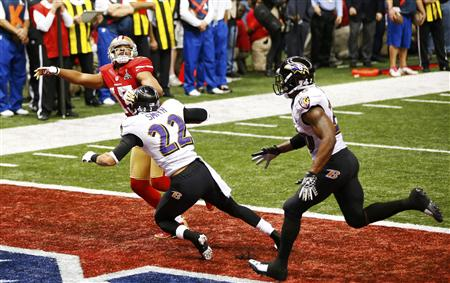 Jimmy Smith (22) covers San Francisco 49ers wide receiver Michael Crabtree. (REUTERS)