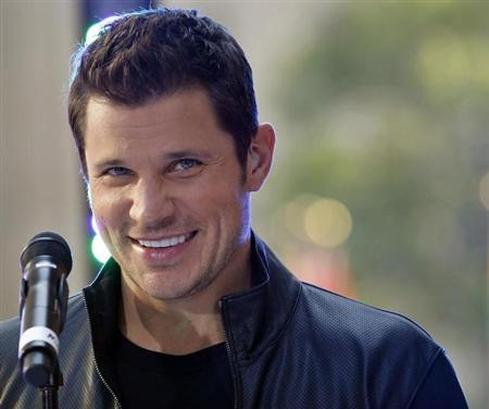 Singer Nick Lachey appears with his band 98 Degrees on NBC's 'Today' show in New York, August 17, 2012. REUTERS/Brendan McDermid