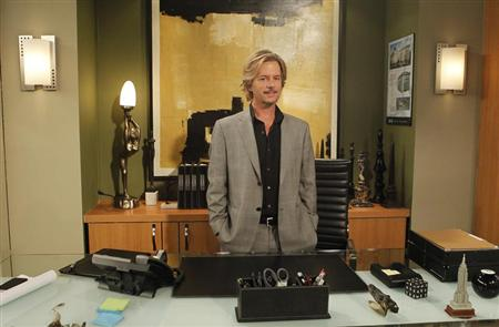 "Actor David Spade poses for a portrait during a break from the taping of the television series ""Rules of Engagement"" at Sony Pictures Studios in Culver City, California September 04, 2012. REUTERS/Mario Anzuoni"