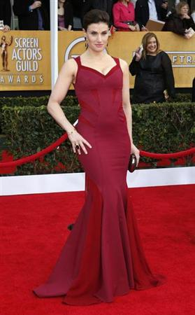 Actress Idina Menzel arrives at the 19th annual Screen Actors Guild Awards in Los Angeles, California January 27, 2013. REUTERS/Adrees Latif