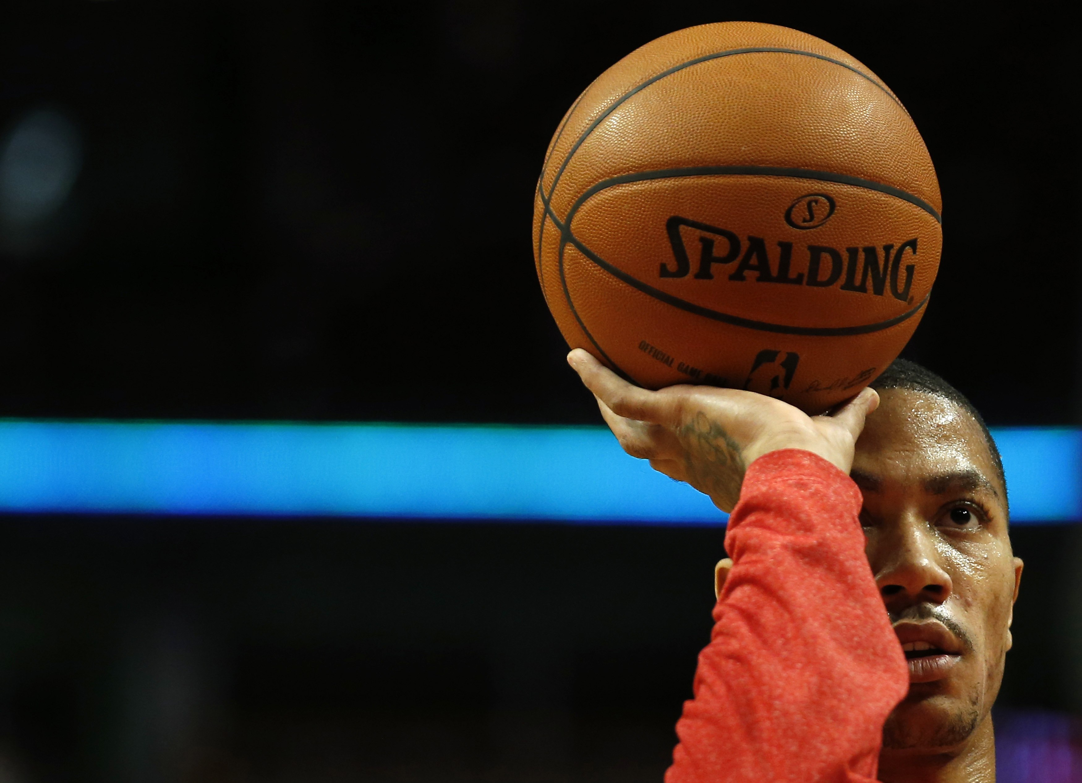 Derrick Rose hasn't played in an NBA game since last season's playoff opener. (Reuters)