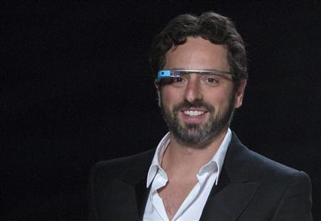 Google to sell Glass to public next week