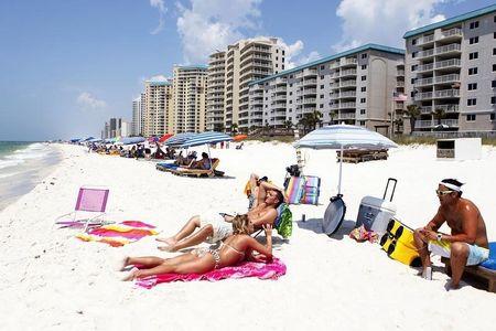 Marketing push, harsh northern winter spur record Florida tourism