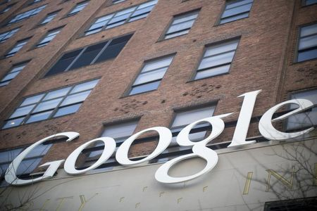 Governments pressure Google for more user information
