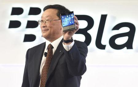 BlackBerry launches square-screen Passport in turnaround push