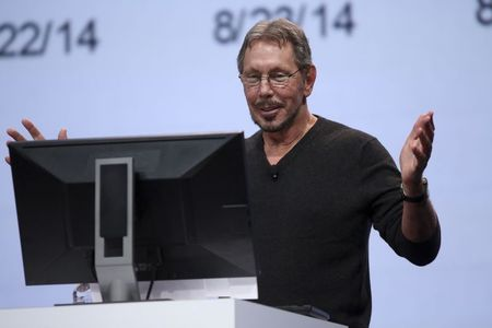 Larry Ellison still the top draw at Oracle's mega-convention