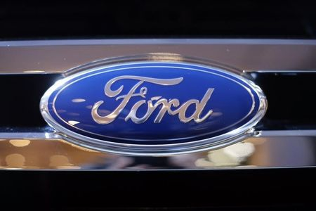 U.S. NHTSA probes steering in estimated 938,000 Ford vehicles