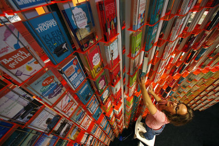 Publishers aim to take Chinese literature to the world