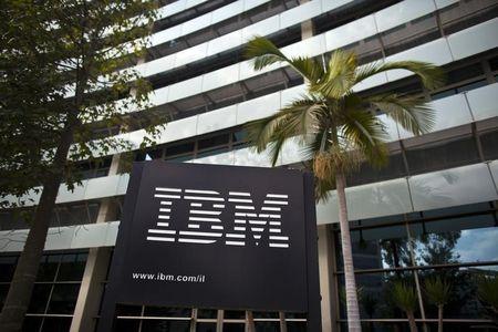 IBM ditches 2015 operating EPS target, shares slump 7 percent