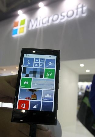 Microsoft looks set to drop Nokia name from phones