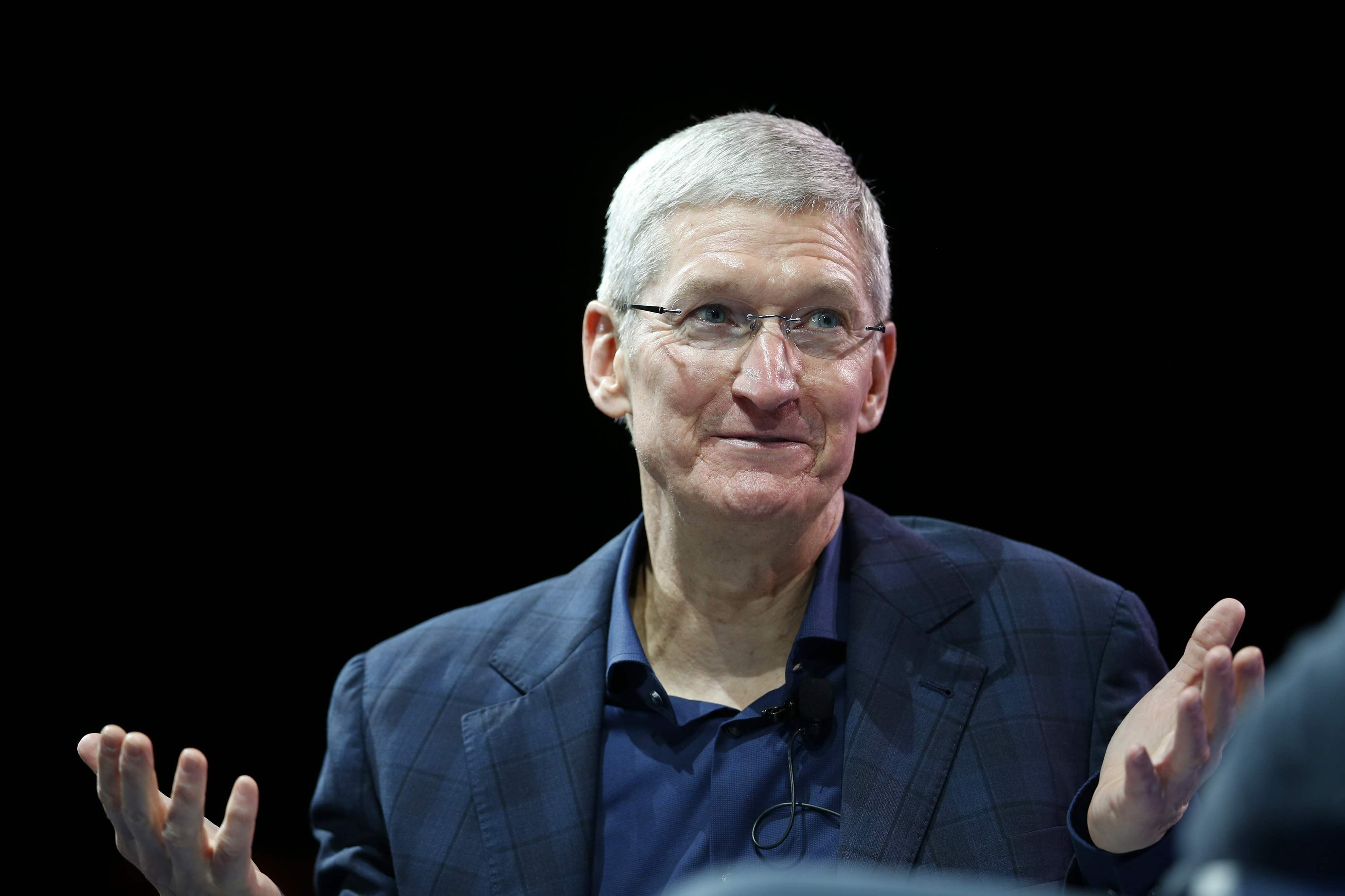 Apple's chief exec Tim Cook: 'I'm proud to be gay'