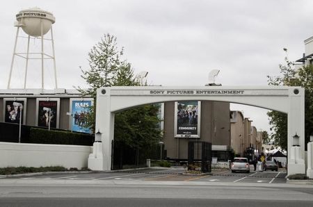 Sony Pictures warns staff on fraudsters misusing stolen data