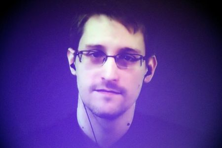 China calls Snowden's stealth jet hack accusations 'groundless'