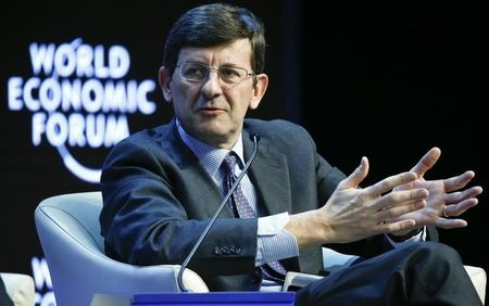 Davos bosses fret over threats to Internet free trade