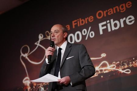 Orange boss sees end to French telecom price war