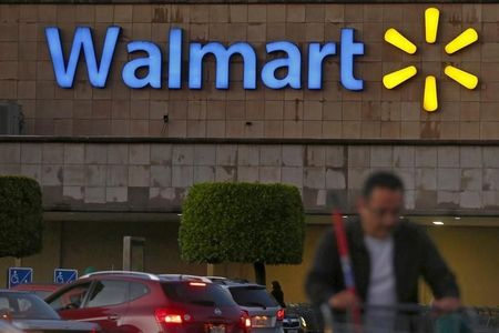 Wal-Mart challenges Amazon with unlimited shipping service for $50 per year