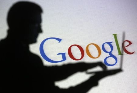 Russia warns Google, Twitter and Facebook on law violations
