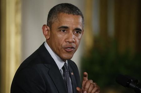 Obama touts overtime pay proposal as 'fair' on Twitter