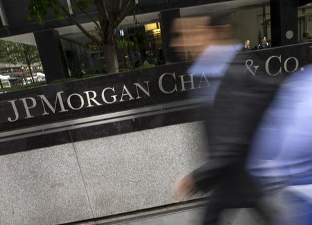Man linked to JPMorgan hacking in talks to resolve U.S. case: filing