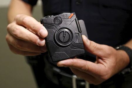 Texas county to buy more body cameras after deputies shown shooting suspect